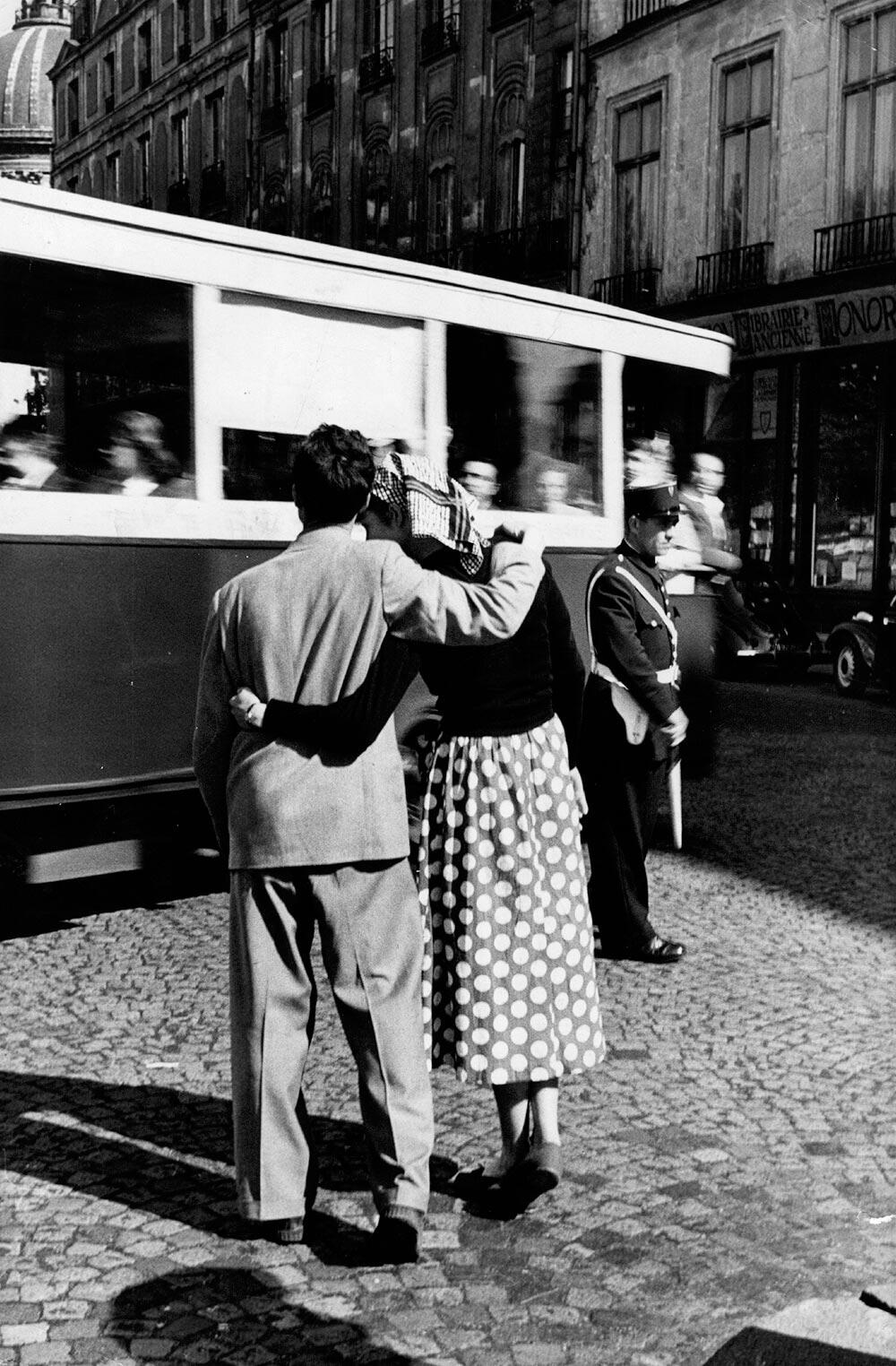 Parisian Couple fine art photography