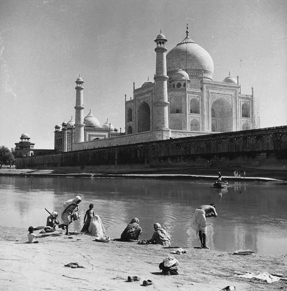 Bathing At Agra from Three Lions fine art photography