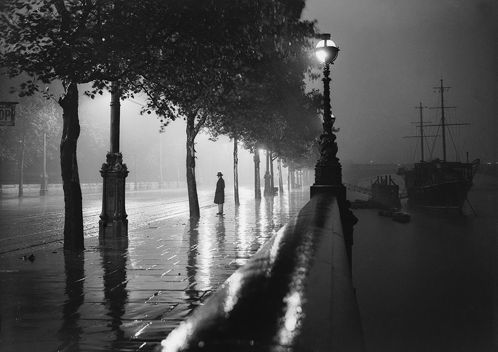 Rainy Embankment from London fine art photography