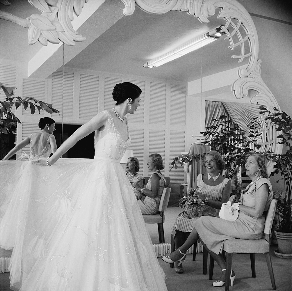 Exclusive Fashions from Slim Aarons B&W fine art photography